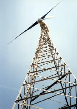 Lattice free standing wind turbine tower