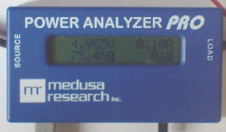 Power Analyzer PRO measuring voltage, current, and temperature of solar panel under load