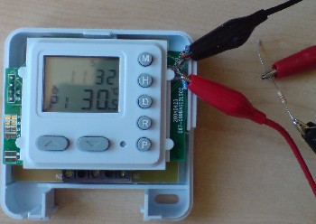 Replace thermistor with resistor in a thermostat