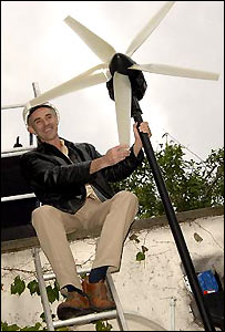 Donnachadh McCarthy and his Wind Turbine