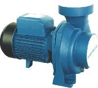 Small centrifugal water pump