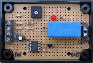 DOUBLE PIR RELAY TIMER. UK built circuit to open a relay for 5-75 seconds after one or both of two 12V DC PIR sensors detect motion