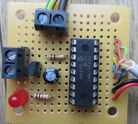 automatic horse feeder control board