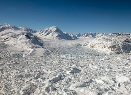 Glacier in Greenland - monitoring glacial moevement